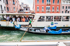 Traffic jam (ArtinArt) Tags: venice italy love city water canals houses sticks