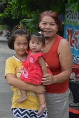 with grandma (the foreign photographer - ) Tags: two children girls grandma grandmother khlong bang bua lard phrao portraits bangkhen bangkok thailand nikon d3200