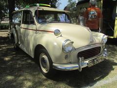 Morris Minor 1000 Traveler - 1961 (MR38) Tags: morris minor 1000 1961 traveler
