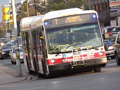 Toronto Transit Commission 9038 on 7 Bathurst (Orion V) Tags: ttc