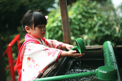 Happy 753 to Zorie. (Zorie Huang) Tags: trip morning light portrait baby cute love girl japan canon asian kid child innocent taiwan 5d kimono lovely fukuoka taiwanese threeyearold zorie