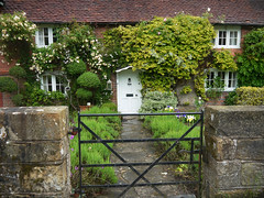 Characterful Cottage In Balcombe (Louise and Colin) Tags: door uk england green english window wall fence sussex gate village westsussex britain path cottage eu british lovely creeper balcombe weald louiseenglish
