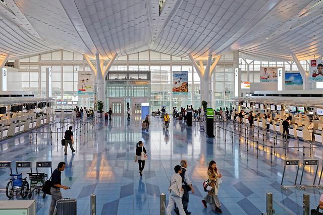 羽田空港の仮眠スポット10選|ホテル/送迎付き施設・ベンチ