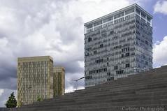 Paisaje urbano (Carhove) Tags: street sky building architecture clouds landscape calle arquitectura edificios staircase cielo nubes escaleras eificios