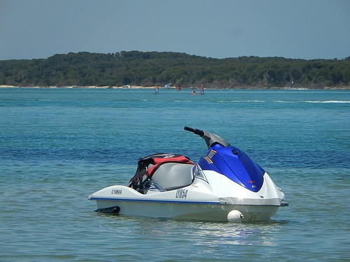 quiet power empty jetski lifejacket inverloch