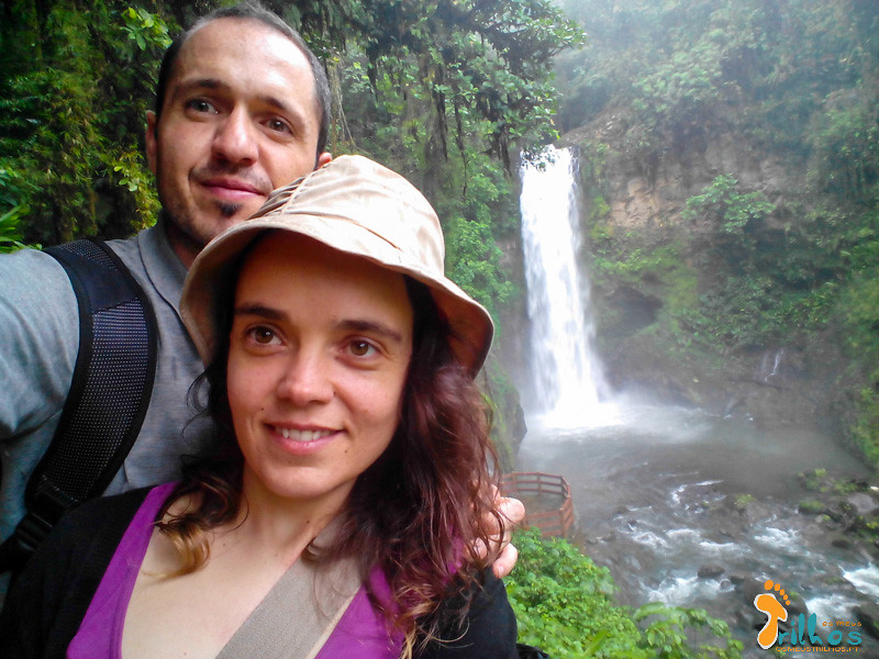 OS meus trilhos no rio La Paz, na Costa Rica