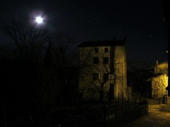 The bewitched house (peregrine.stoop) Tags: houses winter italy moon house mountain mountains night montagne landscape landscapes casa italia village nocturnal case luna inverno paesaggi montagna notte fvg paesaggio notturno paese paesino littlevillage friuliveneziagiulia poffabro valcolvera casastregata bewitchedhouse