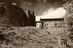 Fortress of Verrua Savoia (_Kry_) Tags: piemonte mura fortress rudere fortezza savoia verruasavoia