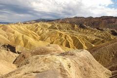 Zabriskie Point (Begoa Fernndez) Tags: california usa desert deathvalley zabriskiepoint mojavedesert sonoradesert furnacecreek amargosarange