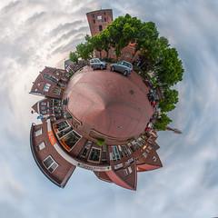 (spekulatius05) Tags: deutschland kirche ostfriesland marktplatz marienhafe littleplanet