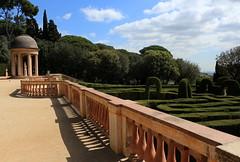 Parc de Laberinth (Earlybird_) Tags: park green architecture lost peace wanderlust catalunya parc stillness bucolic laberinth