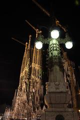 Flicr242015.jpg (Tricfala Photo) Tags: barcelona night noche arquitectura gaud sagradafamilia arquitecture