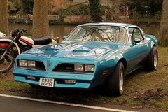 Pontiac Firebird 1977 (seb !!!) Tags: auto old blue usa france classic cars coffee car azul america canon us photo automobile foto state image blu united picture voiture bleu american firebird pontiac seb blau bild 1977 oldtimers imagen caen coup imagem automovil ancienne automovel populaire classique anciennes wagen 2016 automobil americaine amerique klassic berlinette 1100d racn