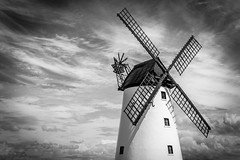 Lytham Windmill (RG_1983) Tags: england blackandwhite white black windmill 35mm blackwhite nikon northwest landmark lytham