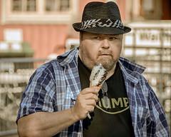 (Dale Michelsohn) Tags: street city musician man hat beard nikon sweden stockholm icecream skansen bao kallemoraeus dalemichelsohn d7000
