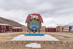 Abandoned town of Pyremiden in Svalbard (George Pachantouris) Tags: abandoned russia union svalbard soviet pyramiden
