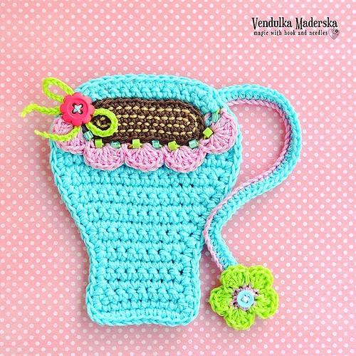 Today a blue one 😁 I wish you great Monday! 😘✌ #monday #coffee #ireallyneedcoffee #crochetlove #crocheteveryday #coffeemugs #crochetcoaster #coaster #crochetaddict #crochetoninstagram #instacrochet #vendulkam #handmadeisbest #handmade #
