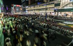 jr station, shinjuku, tokyo (Wei Kuan Tay) Tags: people tokyo shinjuku citylife rushhour tokyostreet jrstationshinjuku
