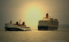 The Seaforth and the Queen (CraigAllanPhotography) Tags: friends sea skye scotland ships minch queenelizabeth seaforth ferrys shipspassing calmaccaledonianmacbrayne