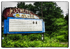 Moonlight Drive-In (Mark ~ JerseyStyle Photography) Tags: vintage drivein signage font nepa 2016 westwyoming moonlightdrivein markkrajnak jerseystylephotography july2016