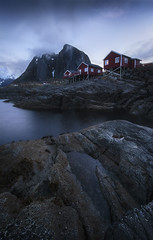 Hamnoy vue d'en bas (jonathan le borgne) Tags: serene water sky red blue light clouds winter landscape waterscape seascape sea house new rocks fisher mountain canon6d canon1635f28liiusm lofoten norway norvge hamnoy beforesunrise