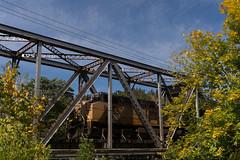 Bridge at Drain (Tom Trent) Tags: drain oregon truss c44ac ge diesel locomotive train freight rail railroad oak trees oaks tree up sp siksiyou unionpacific southernpacific douglascounty passcreek