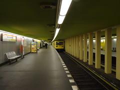 Berlin - U-Bahnhof Bismarckstrae (IngolfBLN) Tags: berlin station germany underground subway u2 deutschland metro ubahnhof ubahn charlottenburg pnv 2014 bvg u7 charlottenburgwilmersdorf bismarckstrase