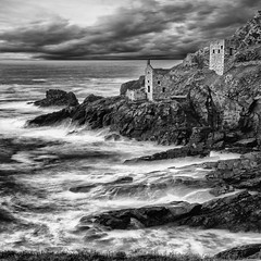 The Ocean Beckons (Ray Bradshaw.) Tags: sea blackandwhite cloud seascape mono coastline scenics tinmine cornwallengland coastalfeature botalick tiekieraymondbradshawphotography