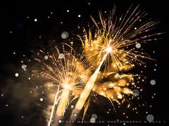 Stargazing (Rex Maximilian) Tags: longexposure abstract hawaii waikiki fireworks honolulu nightsky aerials fridaynights hiltonhawaiianvillage focusblur focusblurring