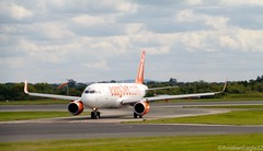 EasyJet A320(S) G-EZWO taxiing at MAN/EGCC (AviationEagle32) Tags: uk man manchester flying airport unitedkingdom aircraft aviation airplanes flight apron landing planes airbus avp aeroplanes arrivals easyjet a320 manchesterairport taxiing ringway planespotting airbus320 egcc cfm a320200 aviationphotography a320214 a320s manchesteravp sharklets gezwo flickraviation manchesterairportt1 manchesterairportatc