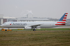 D-AVXV // American Airlines // A321-231 // MSN 6387 (Martin Fester - Aviation Photography) Tags: airplane aircraft hamburg airbus msn americanairlines runway a321 finkenwerder spotten edhi 6387 a321231 xfw sharklets davxv n915us