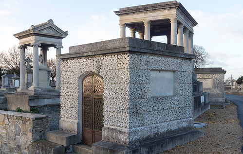 Mount Jerome Cemetery & Crematorium is situated in Harold's Cross Ref-100415