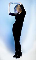 Bleu (Louise Rossier) Tags: portrait lumire bleu glatine