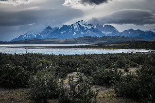 7-Day W Trek - First meeting with Torres del Paine...