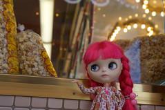 224/366 Popcorn (omgdolls) Tags: pink blythe blythedoll blythe365 pureneemobody dollypunk21 adelaideskye