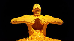 The Art of the Brick (Liliana Benassi) Tags: las brick art yellow arte lego amarillo giallo arenas cupula lilianabenassi lilianabenassicom