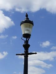 Primrose Hill (Nicole_Vi) Tags: sky urban london architecture clouds contrast spring streetlights floating bluesky lamppost londra urbanlife urbanarchitecture