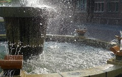 Water and Light (Eddy Allart) Tags: fountain agua wasser fuente roosendaal fontijn