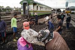 * (Sakulchai Sikitikul) Tags: street train thailand sony voigtlander 28mm platform streetphotography documentary snap songkhla worker hatyai a7s