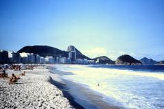 2003-03-29 Rio de Janeiro 01 (MicdeF) Tags: brasile brazil copacabana dia diapositiva riodejaneiro scan scansione slide geo:lat=2297435682 geo:lon=4318639755 geotagged