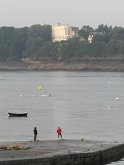 Lever de soleil (Solidor) (saintmalojmgphotos) Tags: bassinduguaytrouin port lever soleil saintmalo 35 solidor bateaux plage sable fish