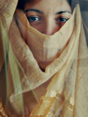 Velata (OCChiOT3RZO) Tags: velata occhiot3rzo portrait ritratto pinnelli afganistan mccurry woman donna