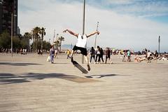 (Paul Bauer Photo) Tags: paul bauer barcelona skateboard skater skate film analog 35mm voigtlnder bessa
