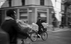 workers 2 (giuliafava631) Tags: china street film milano cosina bn bici