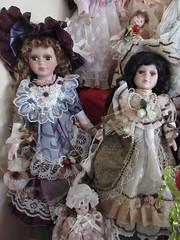 Muñecas (patriciamura) Tags: chile toy toys doll wrist muñeco juguete muñeca