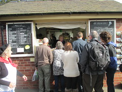 Queues at the Weighbridge 11Oct14