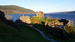 Urquhart Castle, Loch Ness (Michel Curi) Tags: greatbritain britain uk unitedkingdom scotland glasgow hogmanay holiday travel vacation christmas newyears lochness urquhartcastle jacobite lochaber onich fortwilliam connel oban glenfinnan highland westernhighland loch lochlinnhe lochmudle castles castle lochnessmonster twittertuesday shadows visitscotland lovescotland scotspirit