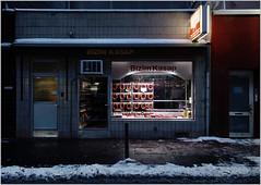 Bizim Kazap (LichtEinfall) Tags: köln schaufenster butcher wurst turkish metzgerei eigelstein weidengasse raperre img8849bizimkazapf1500