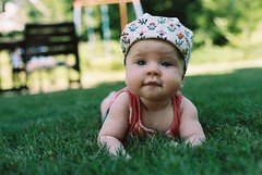 2014_07_21 (Maja K K) Tags: summer portrait baby grass hat canon sweden smland analogue