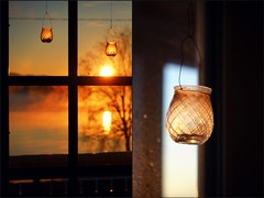 """""""May it be a light to you in dark places, when all other lights go out."""" (stjernesol) Tags: sun golden seaside diptych glow glorious seaview dippy viewfrommybalcony andtomorrow fordays itwillrain ihavetogotowork likecrazy allchristmas yesitcanberathermagical wehavebeensnowedin reportedhugeflooding frommeltingsnow andtoomuchrain ohcommon wehave1metersnownow waterinthat notagoodideaatall iwillstayhome tomorrowandjustwatch thehorribleweather butontuesday maybeicanswim"""
